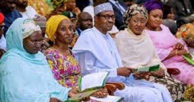 Women Are Better Managers - Buhari