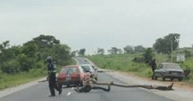 Dismantle Roadblocks, South East, South-South Commuters Begs FG